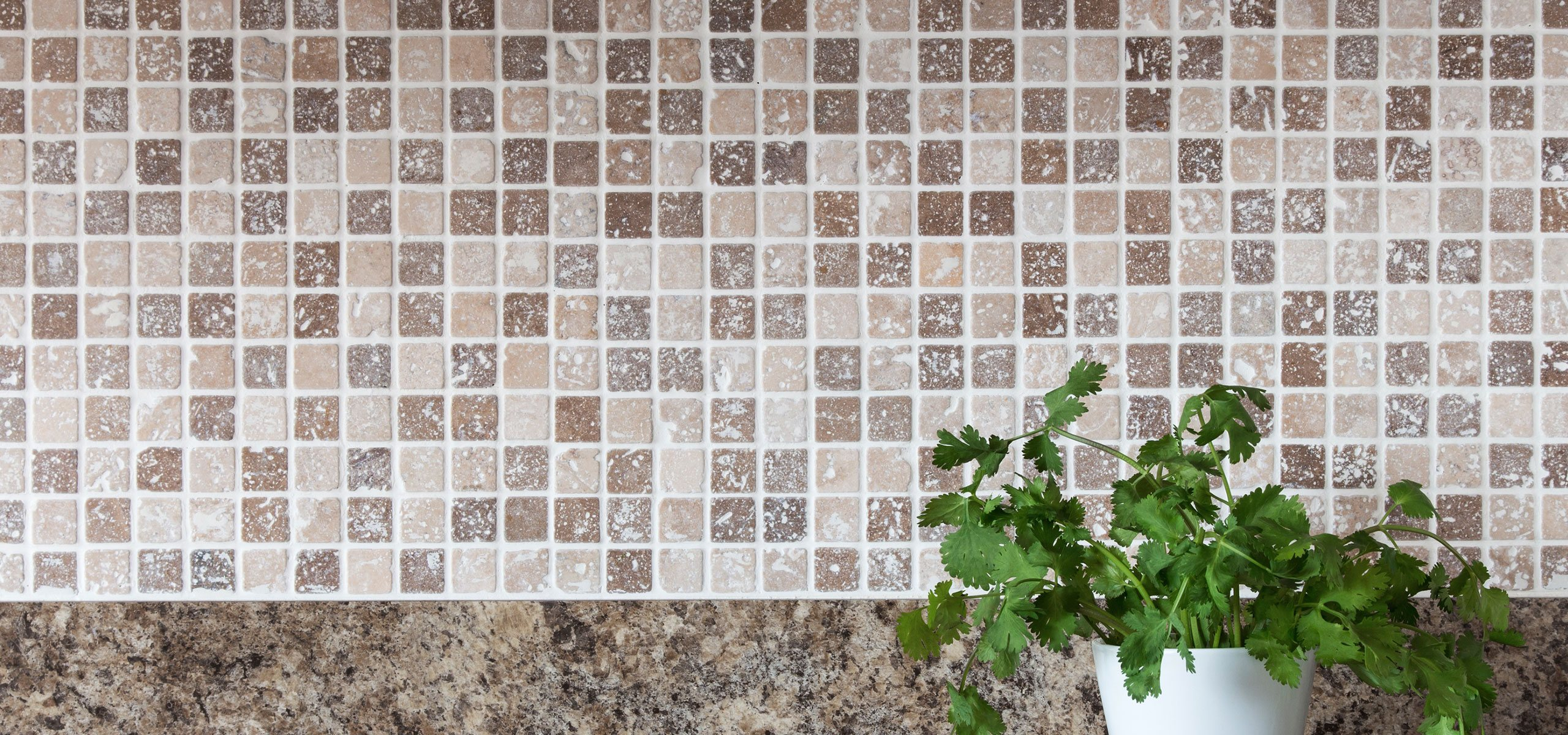 tile and grout cleaning service for kitchen counter backsplash
